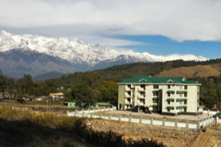 https://cache.careers360.mobi/media/colleges/social-media/media-gallery/25900/2020/2/4/College building of Rajiv Gandhi Government Engineering College Kangra_Campus-View.jpg